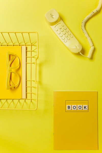 #yellow #colorinspiration #yellowphone