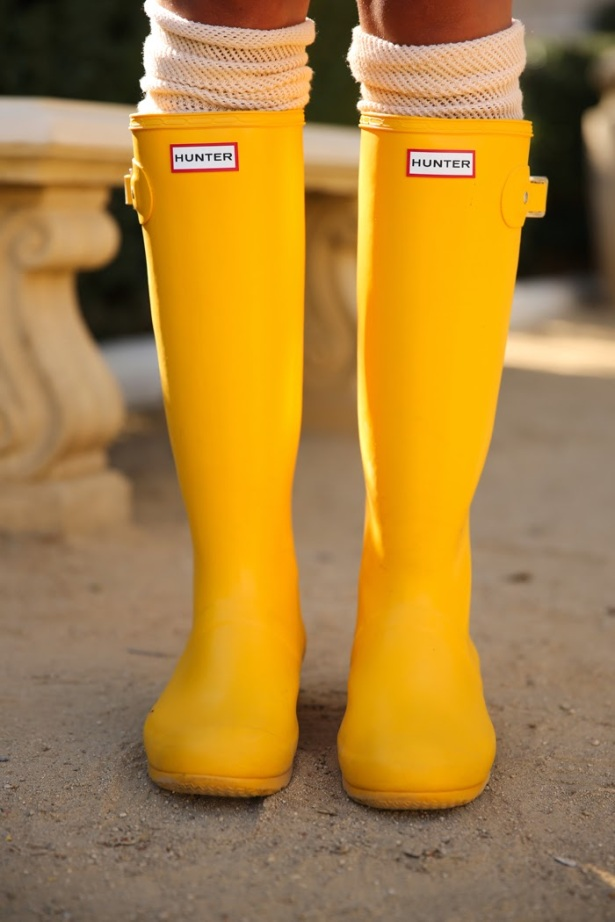 #Yellow #hunterboots #rainboots #colorinspiration