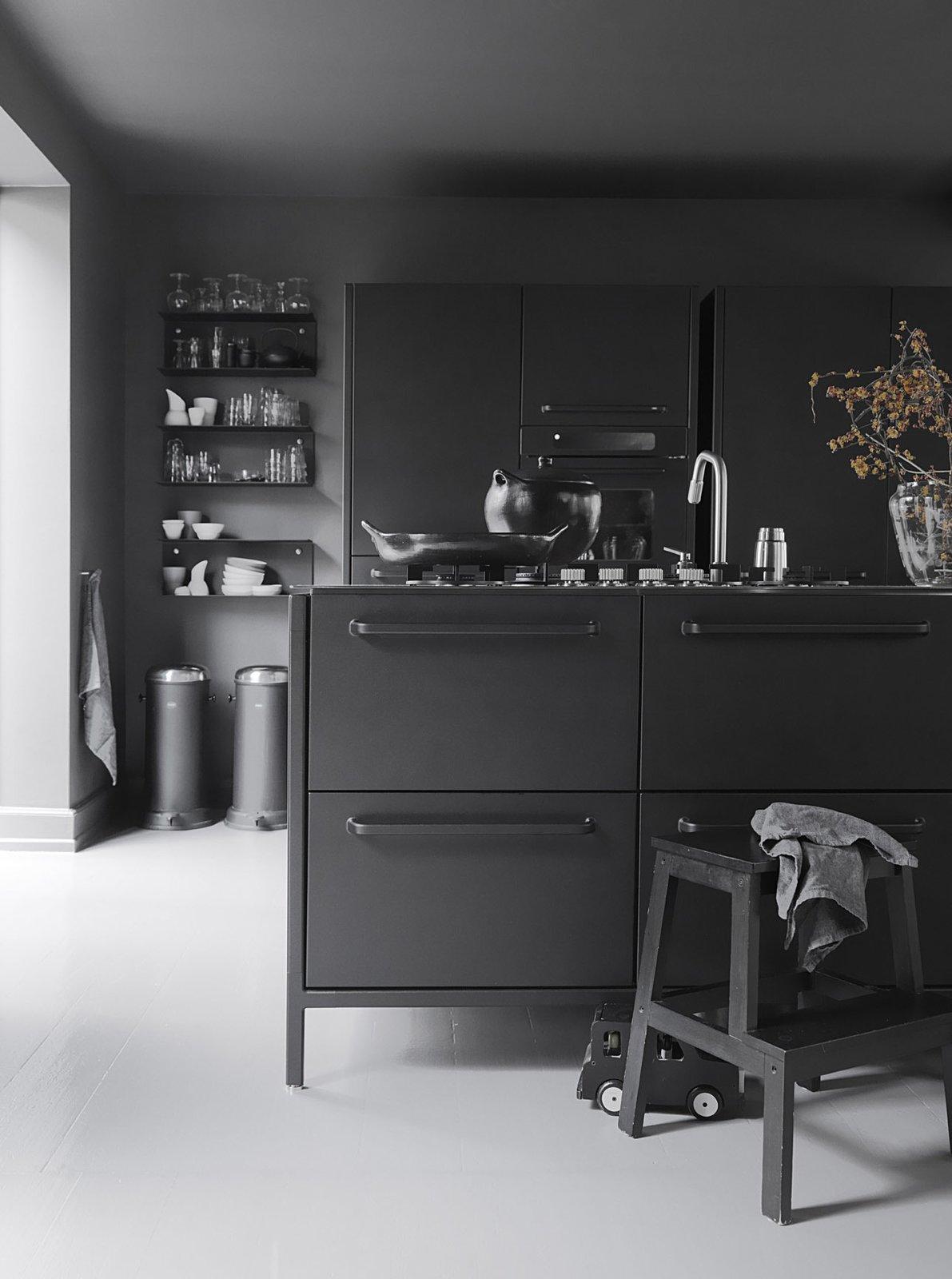 Monochromatic Kitchen #interiordesign #modern #minimalism