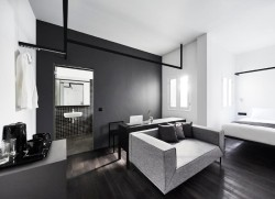 modern black and white interior design luxury hotel #interiordesign #modern #blackandwhite #photography #cleanlines #minimalism