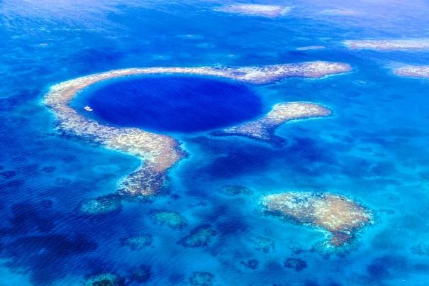 Great blue hole Belize #electricblue #colorofthemonth #blue #colorinspiration #designinspiration #lovestruckdesignhouse