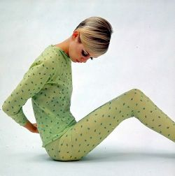 retro green 60's outfit